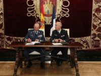 El general Salto firma el documento de adhesión al HLCORD del FCAS en el Cuartel General del Aire