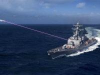 Representación artística del arma láser HELIOS de la Armada