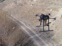 """Dron turco """"Songar"""", armado con una ametralladora"""