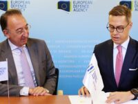 Jorge Domeq, Director de la EDA, y Alexander Stubb vicepresidente del EIB (Crédito EDA)